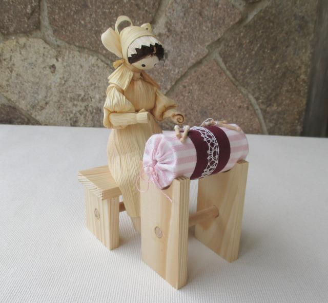 画像1: トウモロコシ人形 ボビンレース チェコ 手作り 民芸 (1)